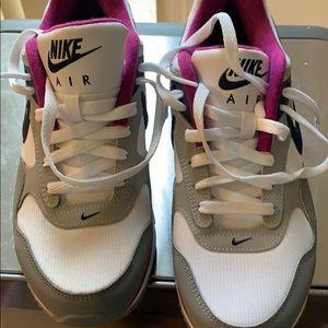 Lady's Nike air max